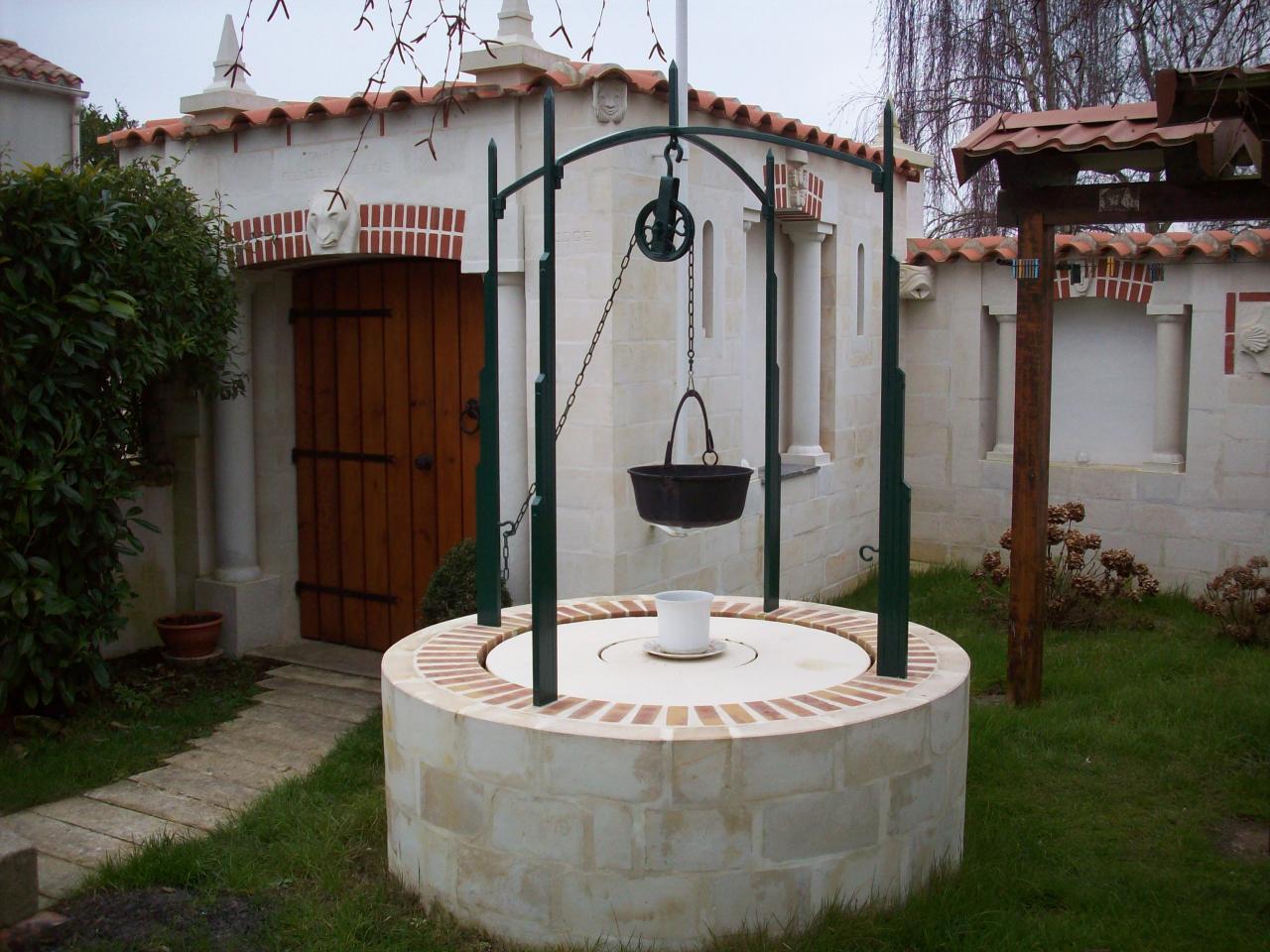 Le puits, une autre vue.